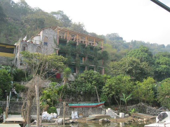 Eco Hotel Uxlabil Atitlan: Really lovely hotel