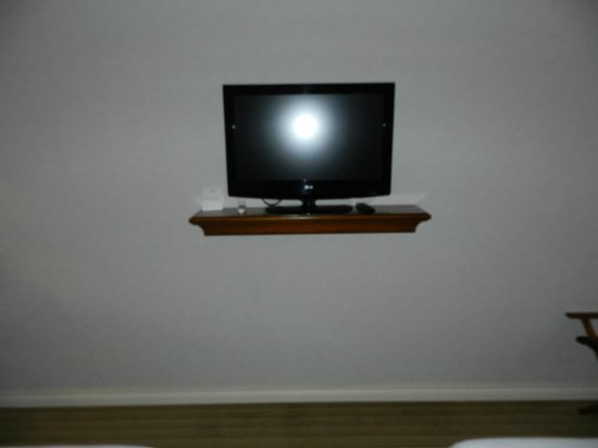 Howard Johnson Hotel Boutique Recoleta : tv