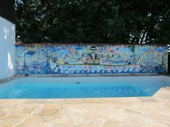 Casa Cool Beans B&amp;B - Santa Teresa: amazing pool art