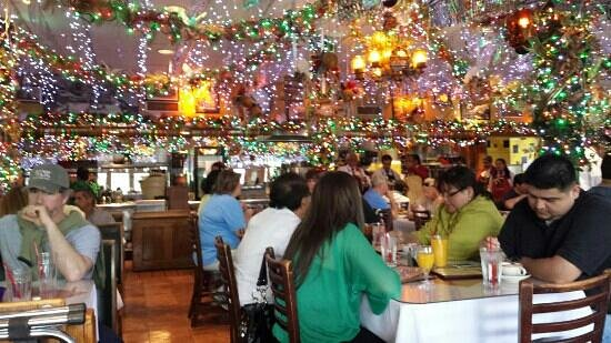 Mi Tierra Cafe & Bakery: breakfast
