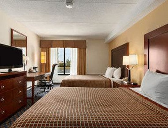 Days Inn: Two Double Bedroom