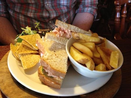 Forres, UK: prawn sandwich
