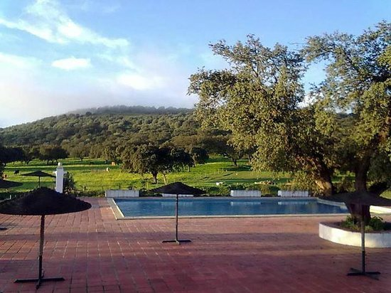 Portalegre, Portugal: swimming-pool and wonderful views of landscapes