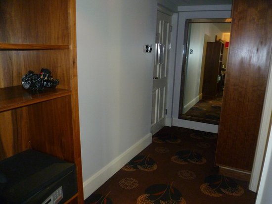 Dukes at Queens: Hallway (hair dryer and safe included)