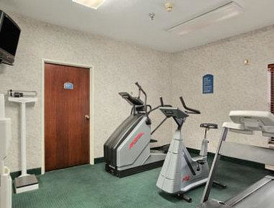 Harvey, IL: Fitness Center