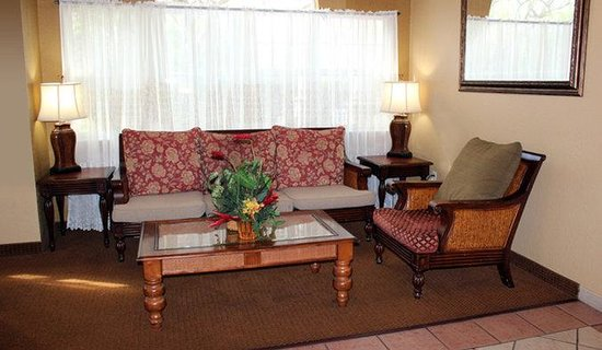 The Floridian Hotel and Suites: Lobby view