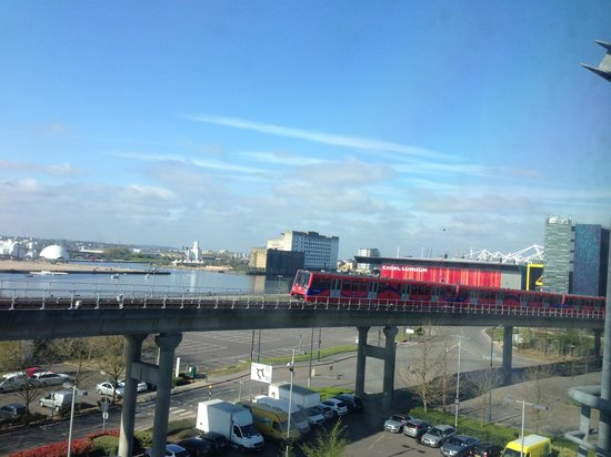 Premier Inn London Docklands (Excel) Hotel: View from room 511
