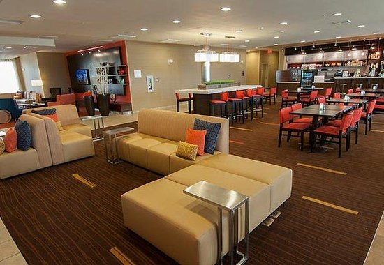 Residence Inn Lexington Keeneland / Airport: Lobby Sitting Area