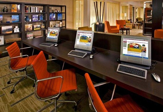 Courtyard By Marriott Mankato: Business Library