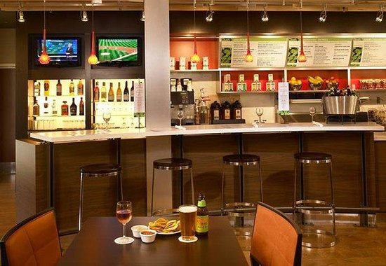 Courtyard By Marriott Mankato: The Bistro