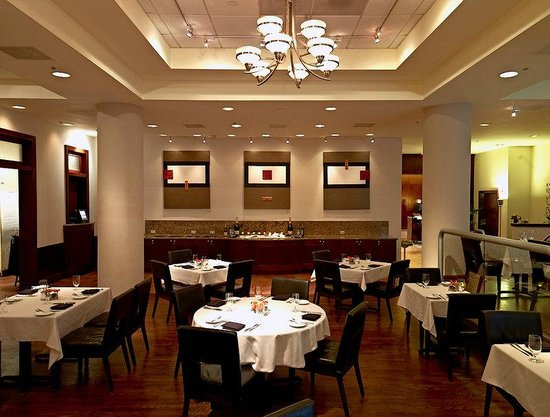 Royal Sonesta Hotel Houston: The Restaurant Interior
