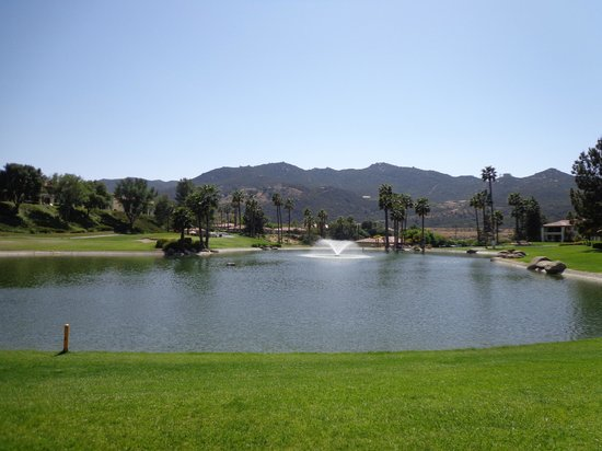 Welk Resort San Diego: View of Fishing Lake from patio.