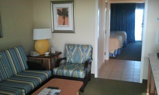 DoubleTree Suites by Hilton Melbourne Beach Oceanfront: Looking in ..(Not my room)