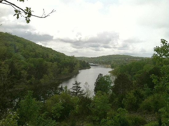 Big Cedar Lodge: View from Devil&#39;s Pool cabin