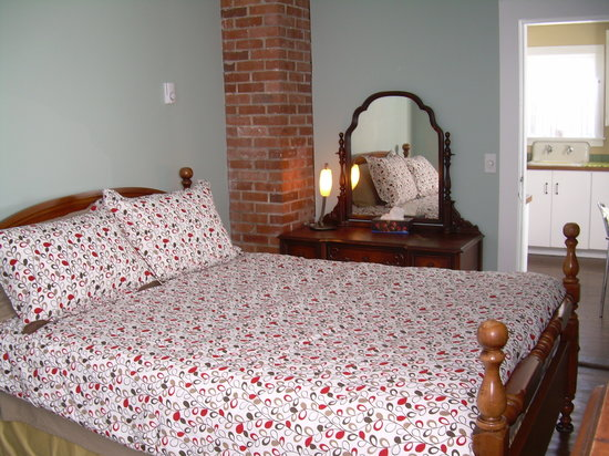 Antigonish Towne Cottage Bedroom