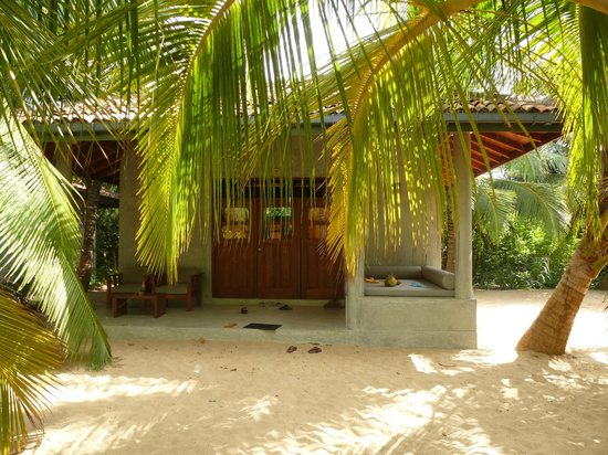 Mangrove Beach Cabanas & Chalets