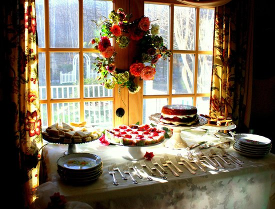 The Clarke House Bed & Breakfast: Tea Party Cakes and Sandwiches