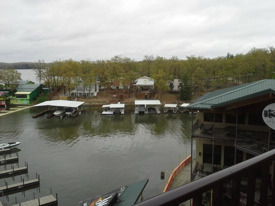 Lake Ozark, MO: Another view from the balcony.