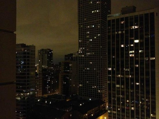 Waldorf Astoria Chicago: Room View
