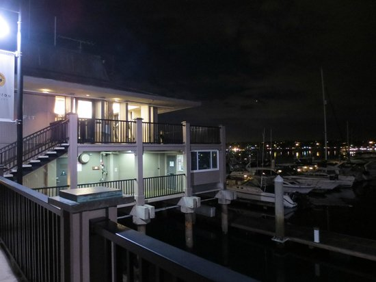 Hyatt Regency Mission Bay: Fitness Center nestled right on the Marina!