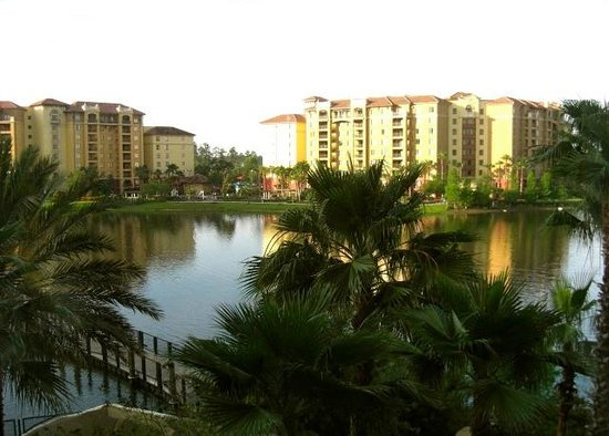Wyndham Bonnet Creek Resort: Lake view