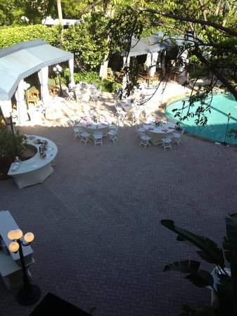 LaPlaya Beach &amp; Golf Resort Naples: wedding outside our room