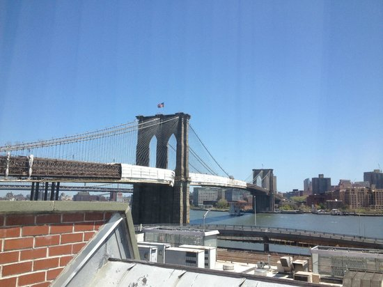 BEST WESTERN PLUS Seaport Inn Downtown: Brooklyn Bridge View