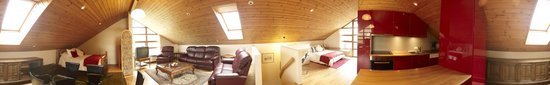 Jonstott Guesthouse: Loft Panorama: Loft (air) self catered studio apartment is a retreat away from it all.