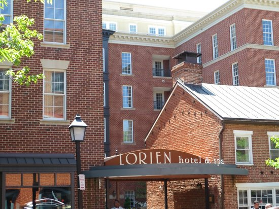 Lorien Hotel and Spa, a Kimpton Hotel: Front of hotel on King Street