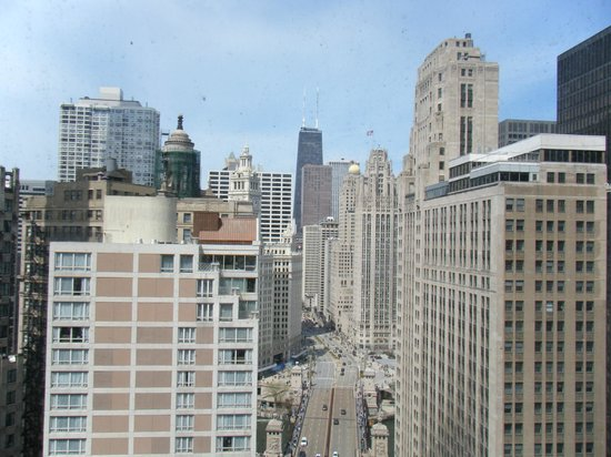 Hard Rock Hotel Chicago : View from Left of room 