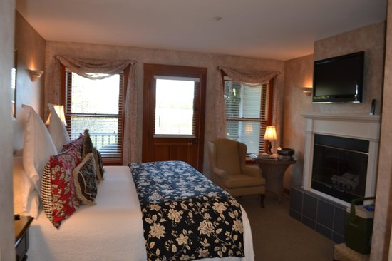 The Wild Iris Inn: Clean, comfortable, beautifully decorated