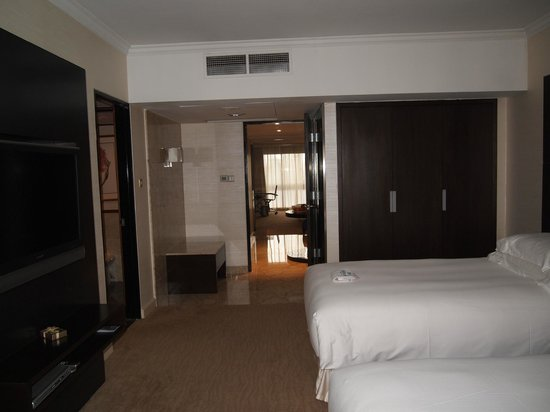Hilton Singapore: 