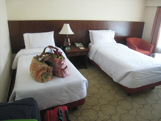 Hotel de l&#39;Annapurna: The beds in our second room