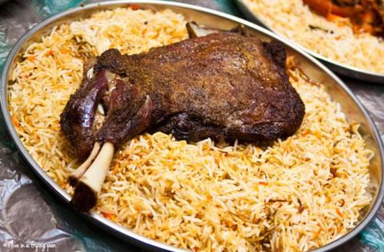 Arabic food machboos chicken with rice review of gulf for Arabic cuisine in dubai