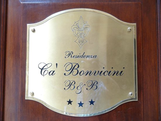 Ca&#39; Bonvicini: Entrance door to B &amp; B
