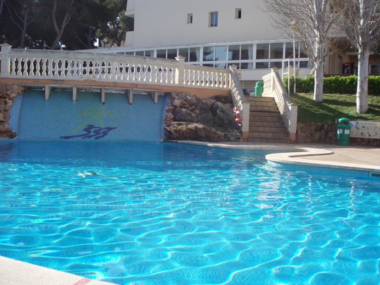 Palma Bay Hotel: One of the pools