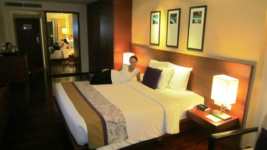 Destination Patong Hotel and Spa: The bedroom