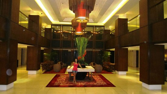 Destination Patong Hotel and Spa: Entrance