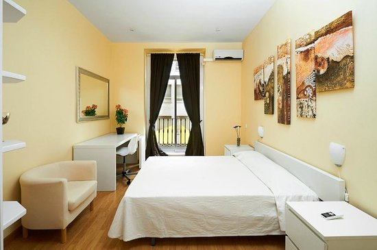 Apartments arenal madrid spain apartment reviews for Hotel arenal madrid