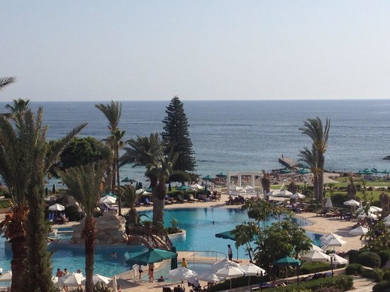Amathus Beach Hotel Paphos: Sea view from the hotel