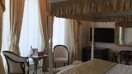 Park International Hotel: Suite