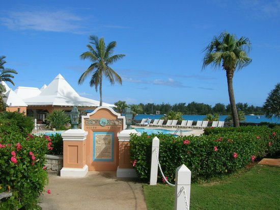 Grotto Bay Beach Resort: View to pool, patio, and Bay beyond