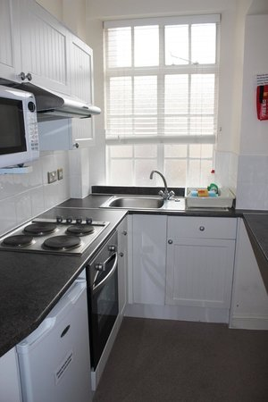 Endsleigh Court: 2 bedroom kitchen