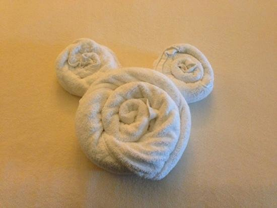 Disney's BoardWalk Villas: towel mouse ears
