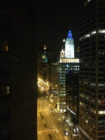 InterContinental Chicago: wrigley building and michigan avenue