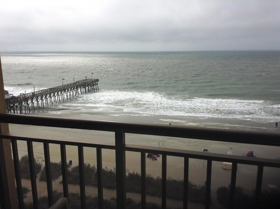 Holiday Inn at the Pavilion: Oceanfront view by pier.