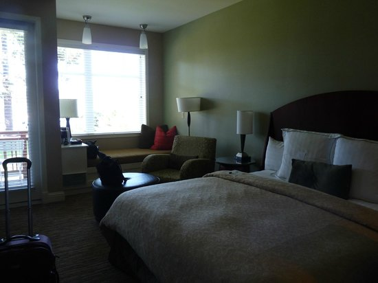 Alderbrook Resort & Spa: Guestroom - King bed