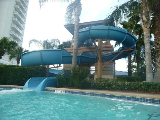 Hilton Orlando: Waterslide