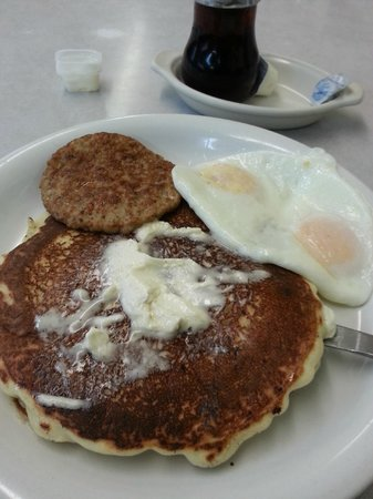 Sedalia, CO: Made from scratch hot cakes, with eggs and sausage