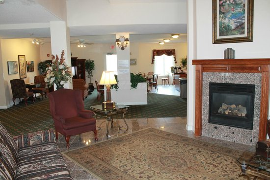Mankato, MN: Lobby